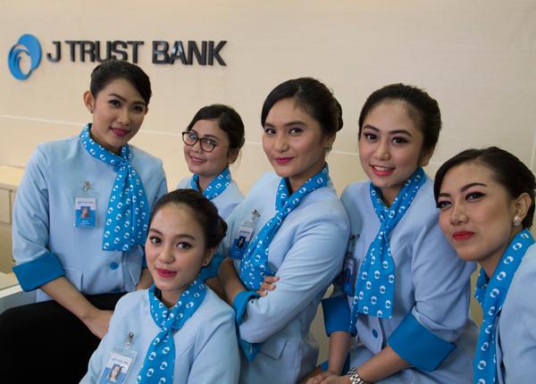 Jトラストイントネシア銀行8